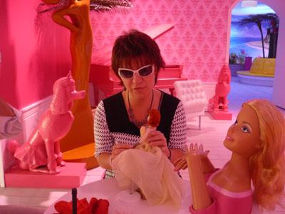 Silja Korn und die Barbiepuppen