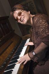 Slija am Klavier