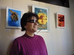 Silja Korn bei der Ausstellung in Caputh